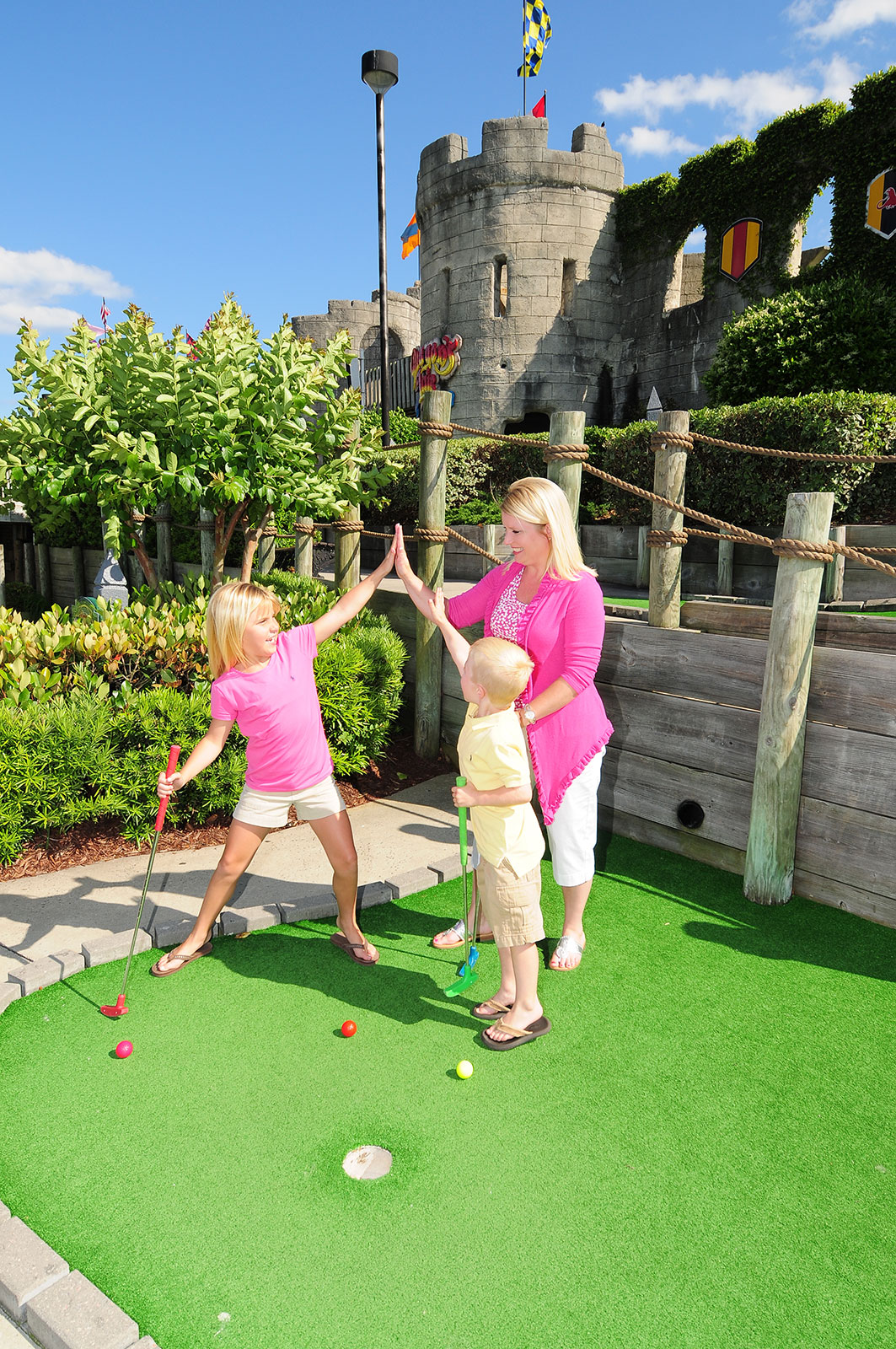 Dragon S Lair Myrtle Beach Family Golf Myrtle Beach Sc